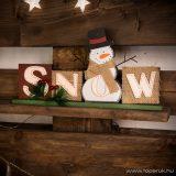 Karácsonyi polcdísz hóemberrel, 32 x 15,2 cm (55995B)
